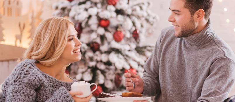 Fun Ways for Couples to Stay Healthy Over the Holidays
