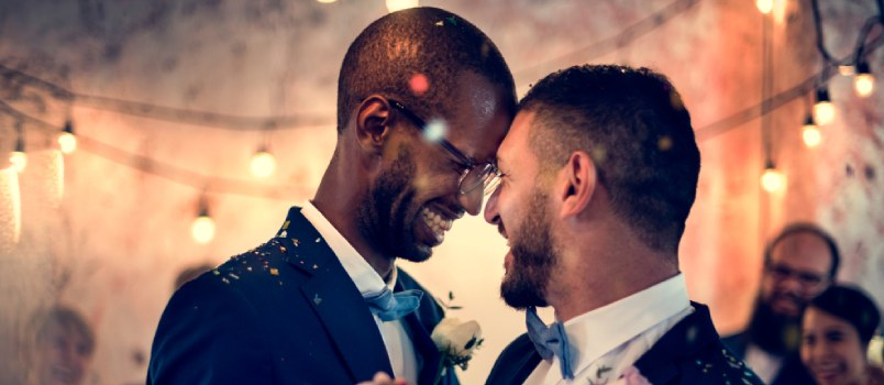 Gay Weddings Are Taking the Wedding Industry by Storm!