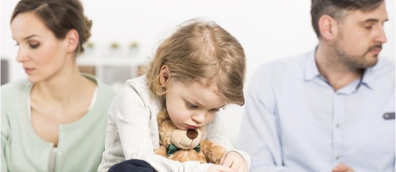 12 Psychological Effects of Divorce on Children