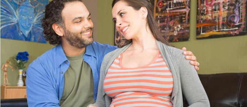 This Is How Pregnancy Brings Couples Together