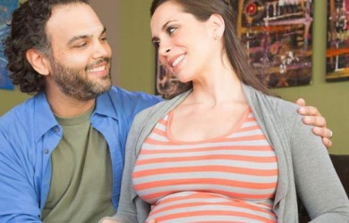 This-Is-How-Pregnancy-Brings-Couples-Together