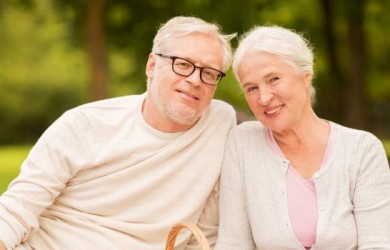 Tying the Knot After 50 – 5 Steps to Follow