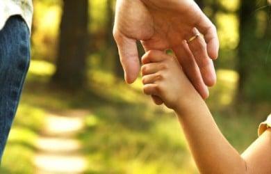 Expert Parenting Tips for a Loving Parent Child Bond