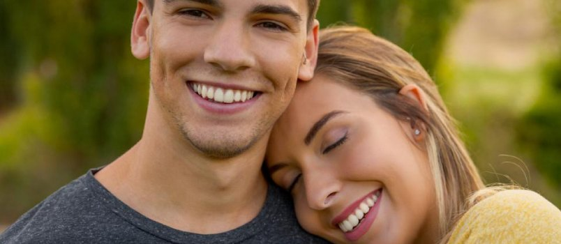 9 Simple Gestures to Make Your Wife or Girlfriend Happy