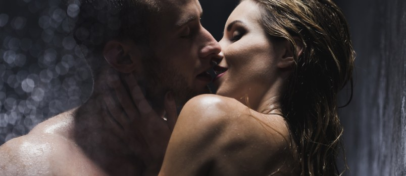 She's Your Aphrodite, Be Her Adonis: 5 Ways To Remind Her You're The Man Of Her Dreams