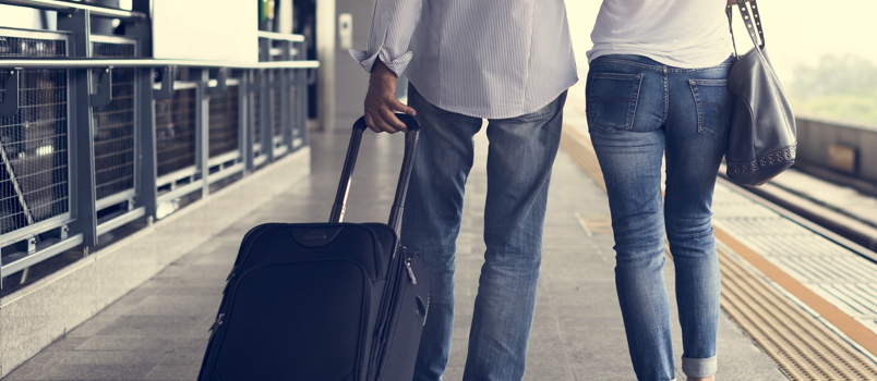 Follow the above 4 steps for keeping the peace with your traveling spouse.