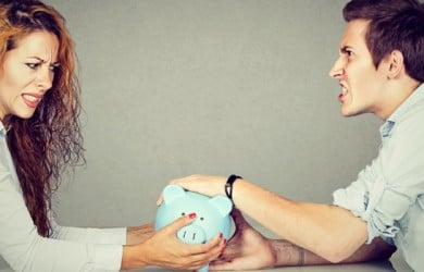 How to Deal with Financial Stress in Marriage