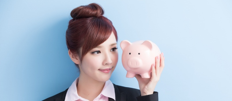 Here are some tips on how to make sure that the financial situation for you, as a woman, is secure