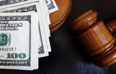 Who Pays the Legal Costs of the Divorce