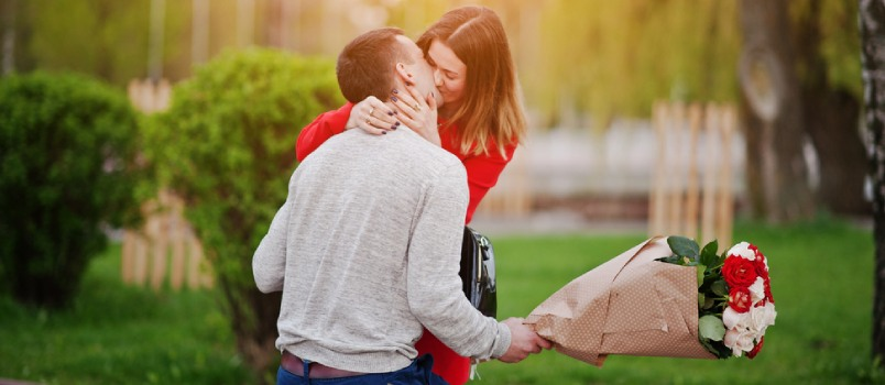 Are You Getting Your French Kiss Right? 5 Tips to Perfect the Art