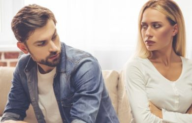 10 Signs You Have an Emotionally Unavailable Partner
