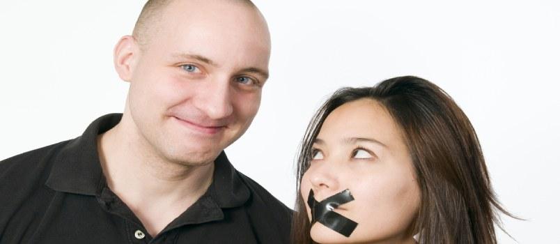10 Ways to Spot a Misogynist