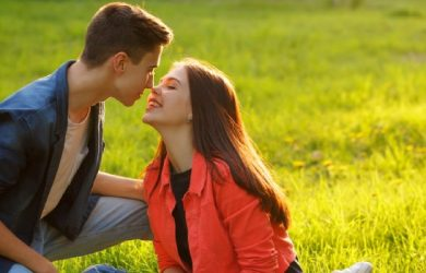 12 Teenage Love Advice For Guys to Ace The Dating Game