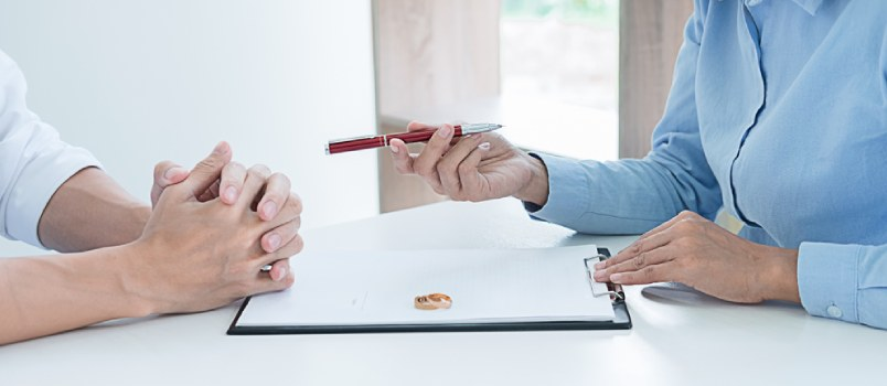 Can I Keep My House in a Divorce Must-Knows to Consider