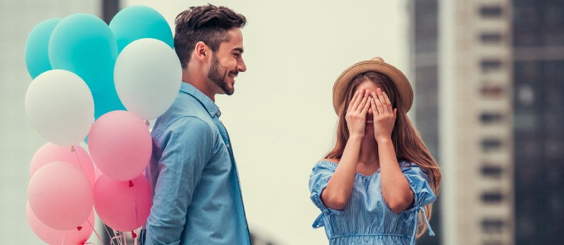 10 Ways to Thrill and Surprise Your Special Someone