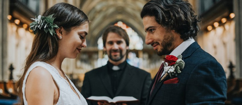 Get to Know the Practical Benefits of Getting Married