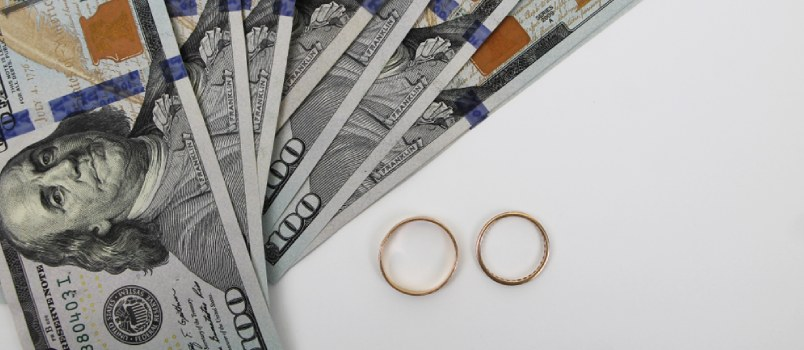 Money Is Important but Relationships Matter More - Here's Why