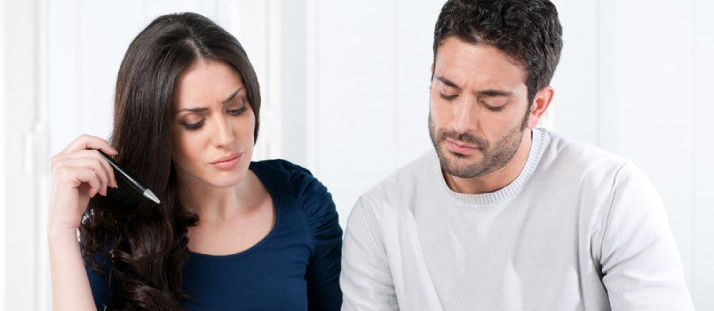 4 Tips on How to Talk About Finances With Your Partner