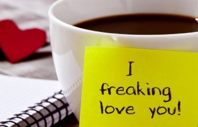 5 Reasons Why Romantic Messages Keep the Relationship Lively