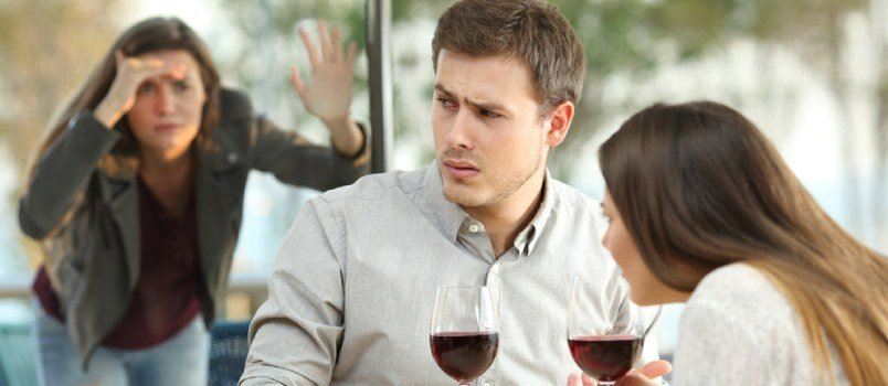 Extramarital Affairs: What, Why & Signs One Must Know Of