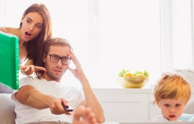 8 Signs That You're Married to a Controlling Wife and Ways to Deal With One
