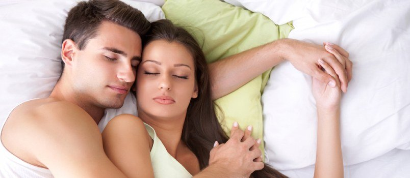 7 Most Common Couples' Sleeping Positions and Their Significance