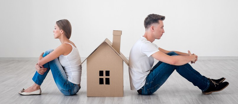 How to Go About Selling a House After Divorce Agreement