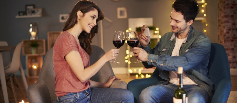 5 Best Romantic Dinner Ideas for Couples at Home