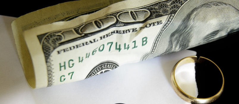 How and Why You Should Protect Your Money in a Divorce
