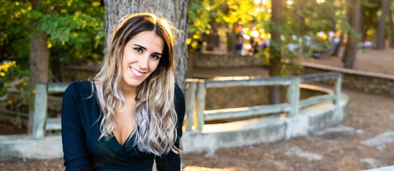Beautiful And Smiling Young Woman Released From Marriages After Her Recent Divorce Smiles Looking For New Couples Dating