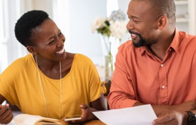 How to Handle Finances Together and Improve Relationship