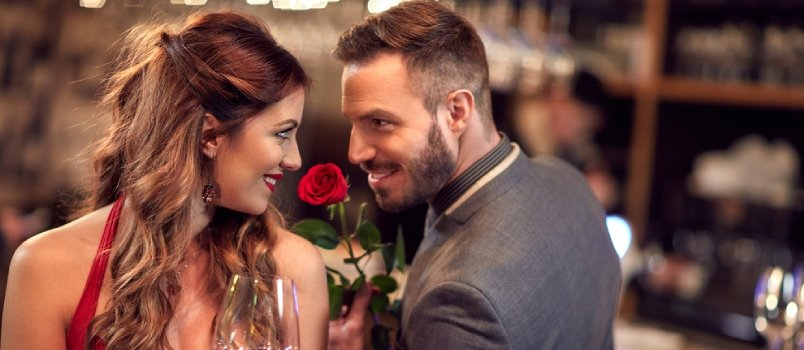25 Signs a Married Man Is Flirting With You