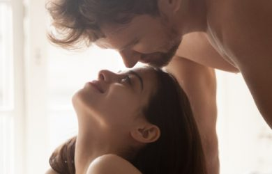 30 Signs He Is Making Love to You