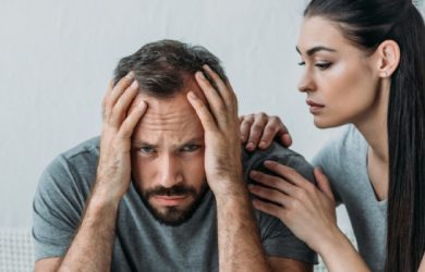 What Is Attachment Anxiety: Causes, Symptoms, Treatment and Coping Strategies