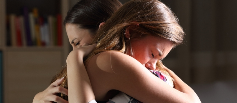 10 Ways to Help a Friend in a Bad Relationship