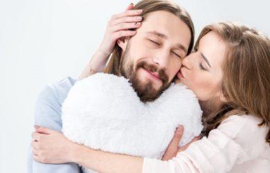 How Men Fall in Love: 10 Important Factors