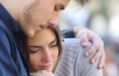 20 Signs He Doesn't Want to Breakup With You