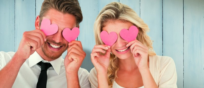 30 Signs of Attraction: How Do I Know if Someone Is Attracted to Me