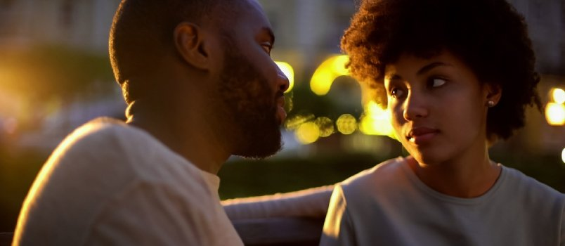 15 Signs of Incompatibility in Relationship