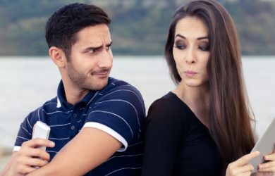 10 Ways to Deal With Your Possessive Husband