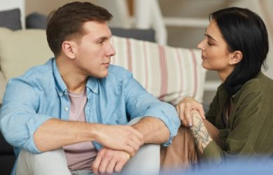 25 Things You Should Never Do in a Relationship