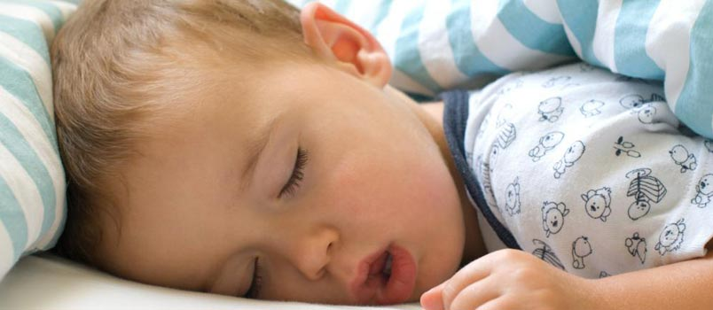How-To-Keep-Our-Kids-Safe-While-Sleeping (1)