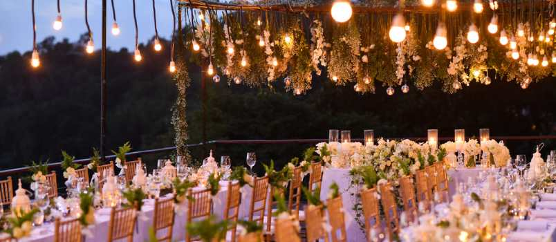 5 Wedding Reception Etiquette Tips