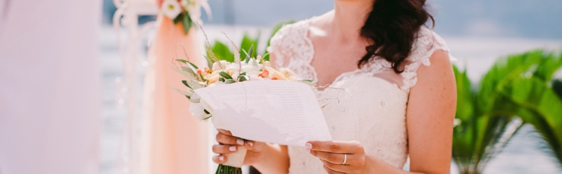 Here's everything you need to know about writing the perfect vows for your wedding