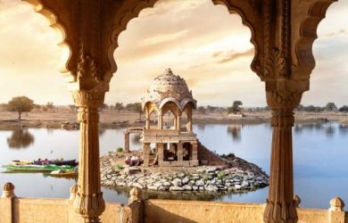 9 Reasons Couples Should Travel to India