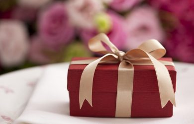 10 Best Wedding Gift Ideas Newlyweds Would Love To Receive