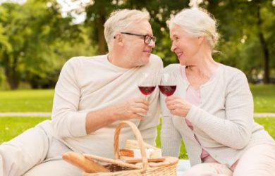 5 Things You Didn't Know About Dating as a Senior