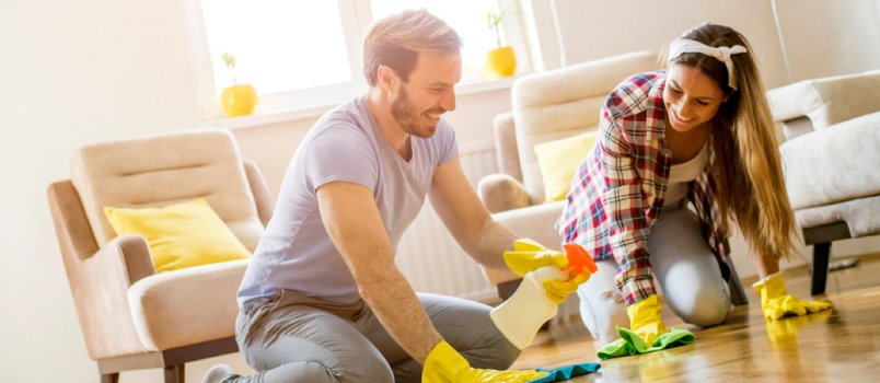 7 reasons why you should be helping your wife clean the house