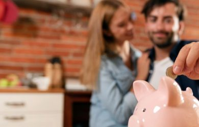 8 Amazing financial management tips for just married couples