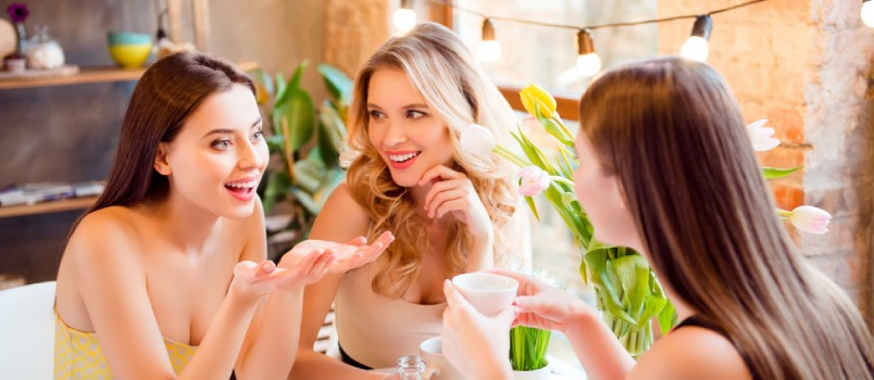 Once the guest list is ready, set a date for the hen night